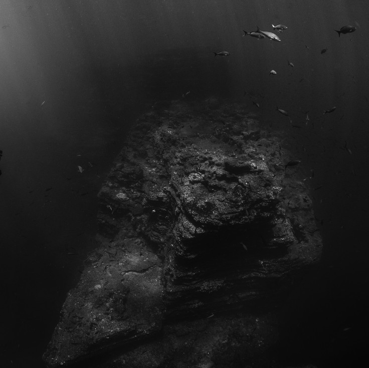 watery abyss (2)